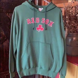UNISEX SHAMROCK BOSTON RED SOX HOODIE